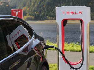 Are Electric Cars Worth It or You'd Rather Stick to Gas Engine Cars?